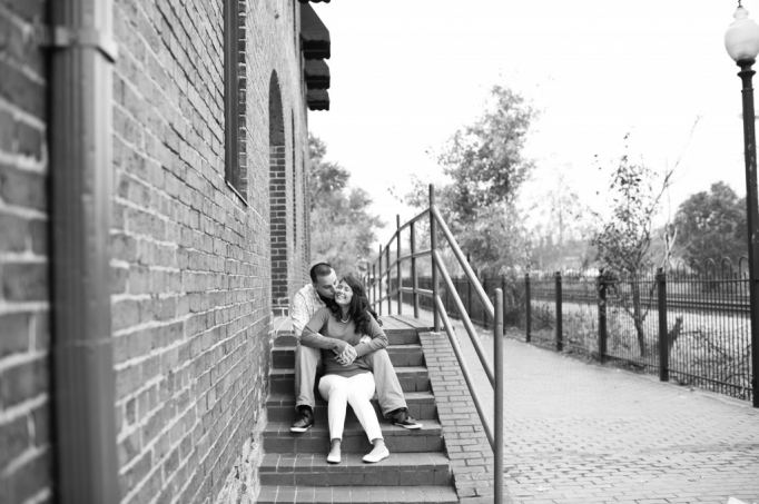 Candace and Pat - Marietta Square Engagement Session - Marieta Square Engagement - husband and wife team - romatnic - fall engagement 06