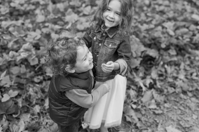 fall-family-session-fine-art-kids-fun-atlanta-family-photographer-lifestyle-08